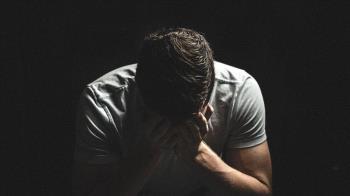 男突失20年記憶「以為被綁架」認不出妻兒怨:我怎又老又胖