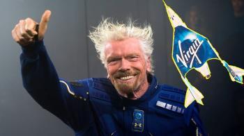 維珍銀河創辦人布蘭森完成歷史性太空旅程 成為全球第一人