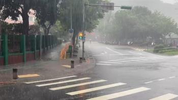 快訊/雲嘉南雷雨彈狂炸 這些地區慎防坍方、土石流