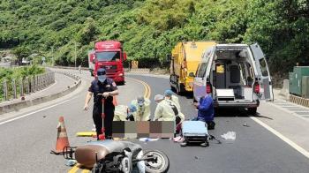 擦撞垃圾車!26歲女環島回程慘死 駕駛跪地祈禱