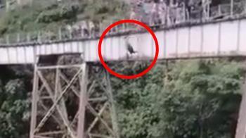 繩索沒綁就跳了!25歲女玩高空彈跳 16樓墜地慘死