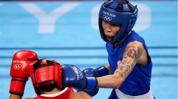 女拳發威!黃筱雯東奧拳擊打爆義大利女將 強勢挺進8強賽