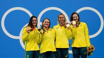 女子400公尺混合式接力賽 澳洲隊摘金主將寫歷史