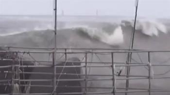 「盧碧」海警!東港風強浪大 東琉線8月5日停駛