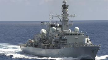 深耕印太 英巡防艦通過台灣海峽