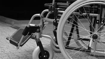 腎發炎引敗血症!6旬婦昏迷8周 醒來「四肢焦黑」全截肢