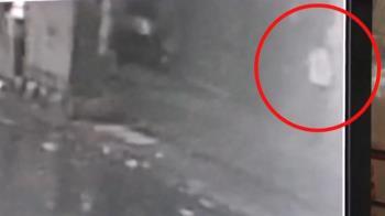 城中城惡火46死!白衣男經過20秒後起火 監視器畫面曝