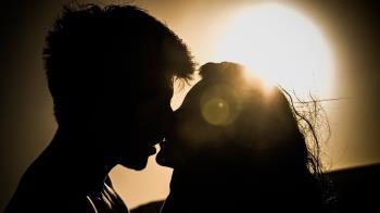 2天換一次性伴侶!高中妹染病了 醫聽成長史鼻酸