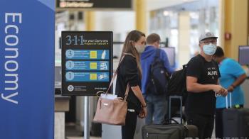 赴美外籍旅客11/8起須打2劑 台人打AZ、BNT或莫德納可入境
