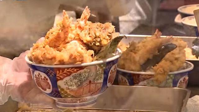 日本第一丼飯台展店 半天就擠進300人