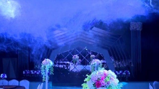 餐廳營造時尚感 戶外泳池吸引新人辦婚禮