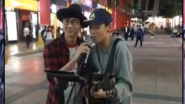 腿軟!街頭藝人唱歌 本尊林俊傑突現身