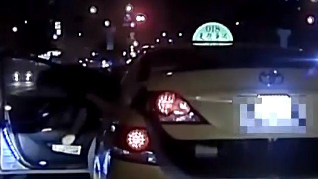 恐怖!小黃疑酒駕 持棒惡意攔車