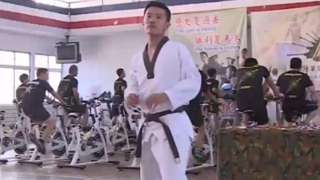 勇敢追夢!跆拳道國手樂「從軍」