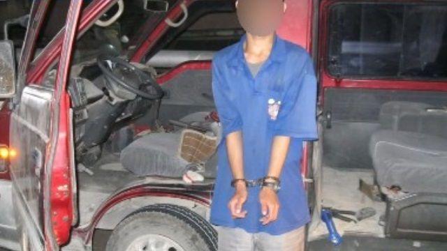 真是尷尬!竊賊偷手排車不會開糗被抓包