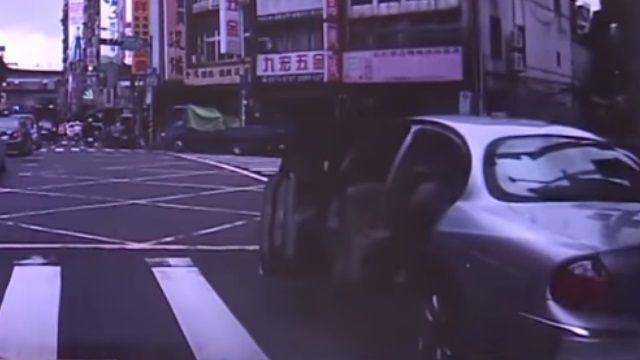 小心!黑狗仔專挑開名車上摩鐵人士勒索