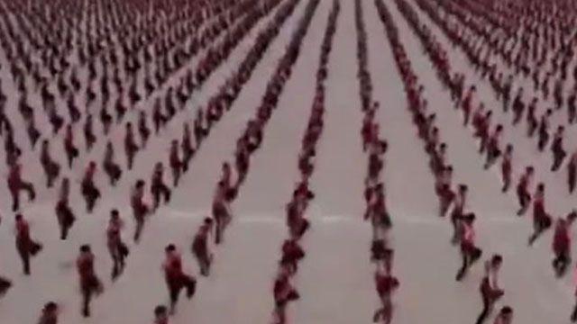 震撼!法國拍MV大陸3萬名武校生入鏡