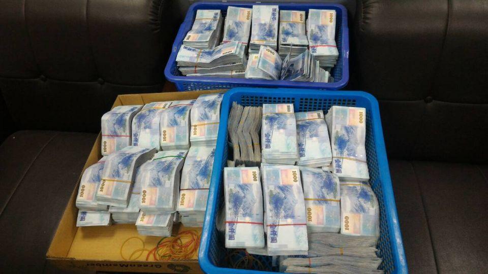 即時》攜1,190萬現鈔出境  是為了...