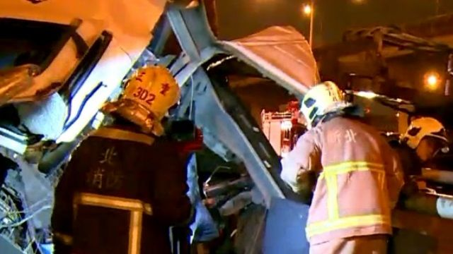 國道1號砂石車撞工程車 釀1死4傷!