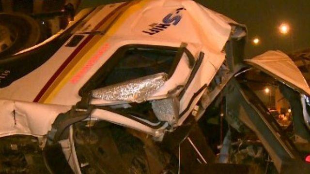 撞!國道1號連三起車禍 釀1死4傷