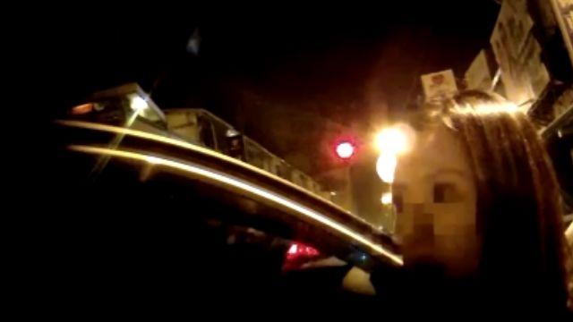 舞小姐忘開車燈「顯眼」 警攔查獲安毒