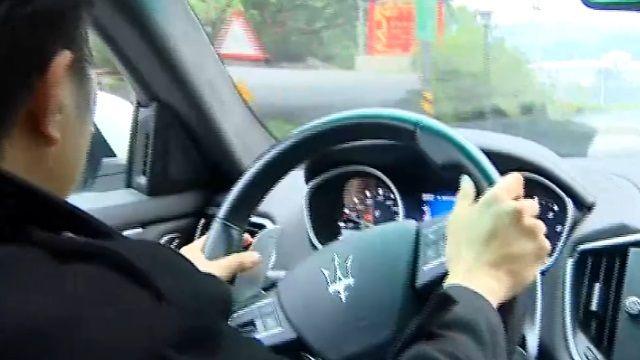 超跑難駕馭「馬力大」過彎減速喬角度