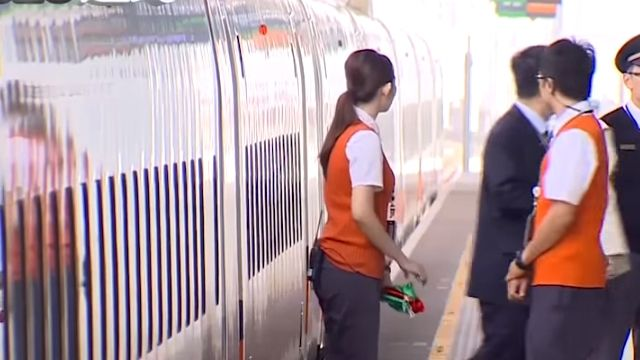 為等「他」高鐵延遲發車 乘客批特權