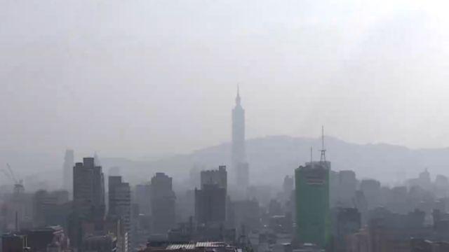 霧霾再襲北京 連續4天空污「二度紅色預警」