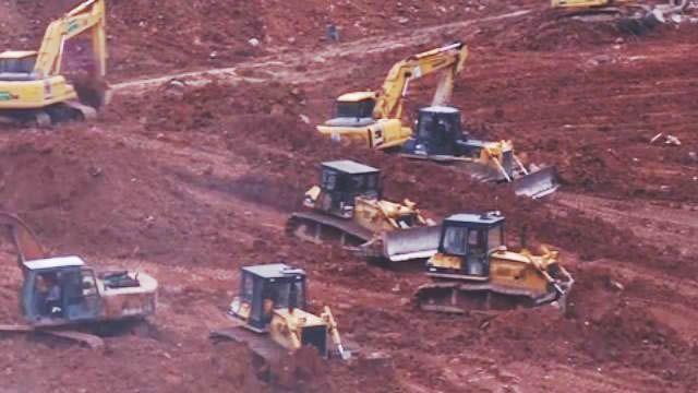心驚!土石坍塌搶救現場  4千官兵救援