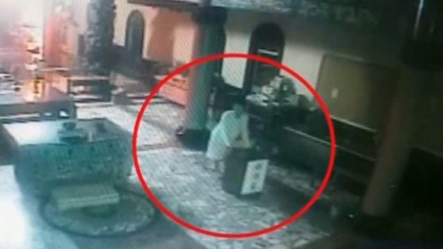 偷香油錢 拖150公斤保險櫃巨響落跑
