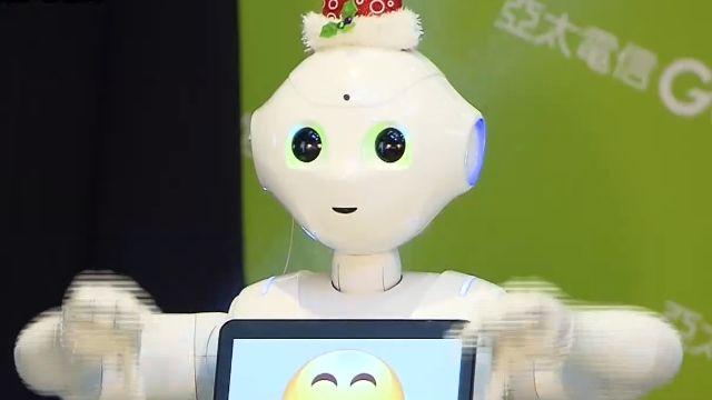 超熱「智慧機器人Pepper」明年引進台灣