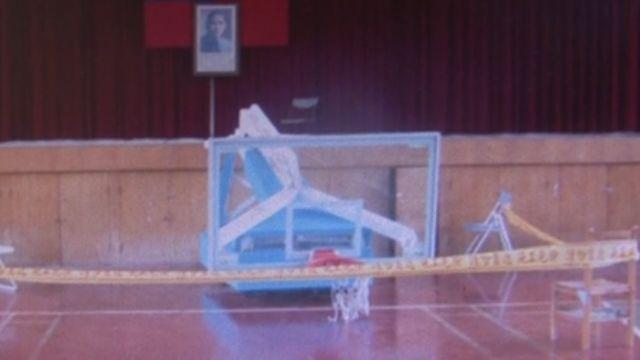 玩壞油壓式籃球架 國三男生被砸死