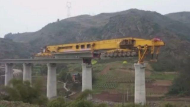 搭橋神器!超神速高鐵工程靠它完工