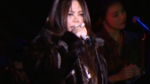 跨年夜天氣濕冷 阿妹彩排熱情練唱
