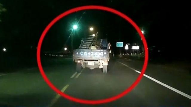 小貨車形跡可疑拒盤查 與警上演追逐戰