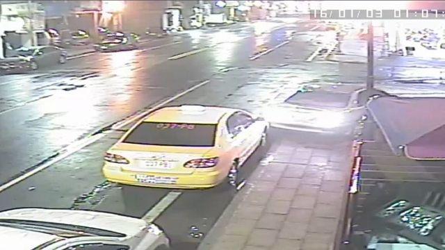 「自投羅網」 酒駕女誤把車開進警局停車場