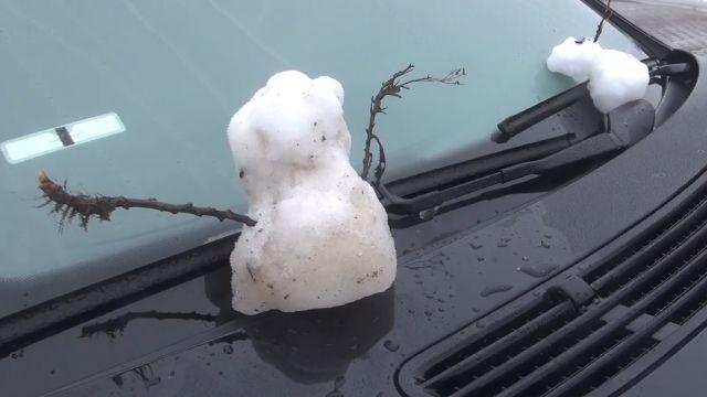 低溫+水氣足 合歡山迎來今年第一場雪