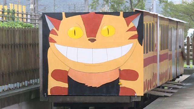 沒授權展龍貓巴士  今蓋布袋不敢見人