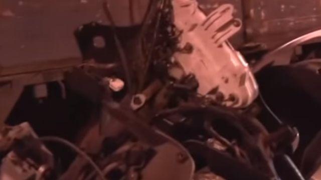 開貨車臨停講手機 騎士擦撞摔車慘遭輾斃