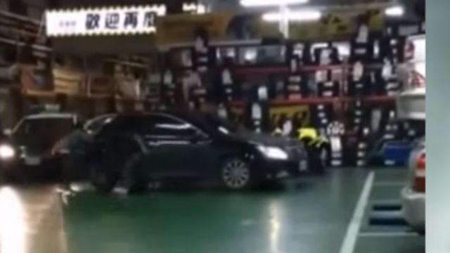 警抓毒販壓制駕駛 後座2男趁機落跑