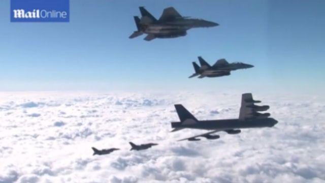 美軍B-52轟炸機 飛韓半島示威
