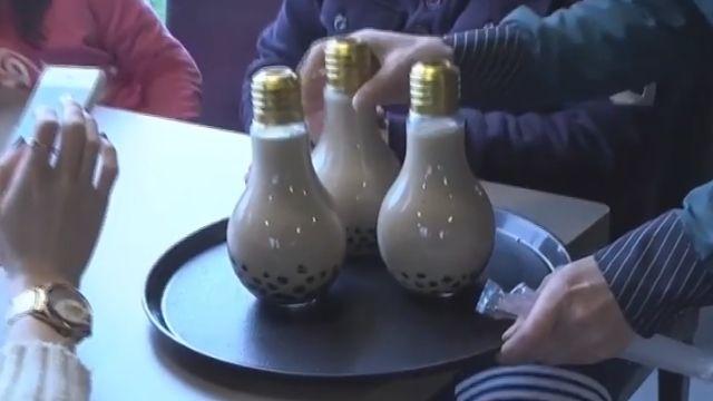 容器比怪~ 燈泡珍奶  鮮肉奶茶  暴紅!