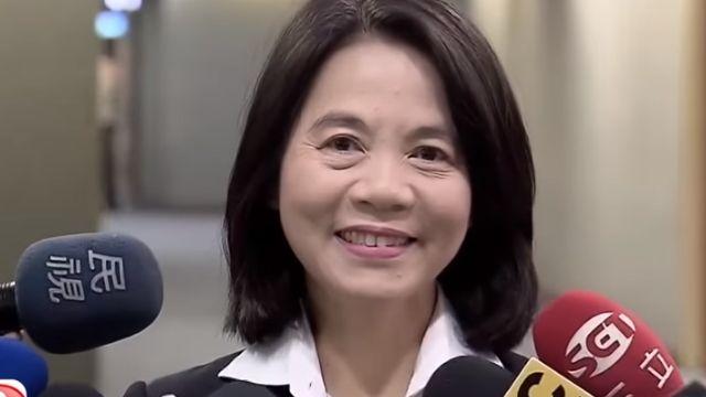 副市長周麗芳請辭 幕僚爆「一張A4改8次」