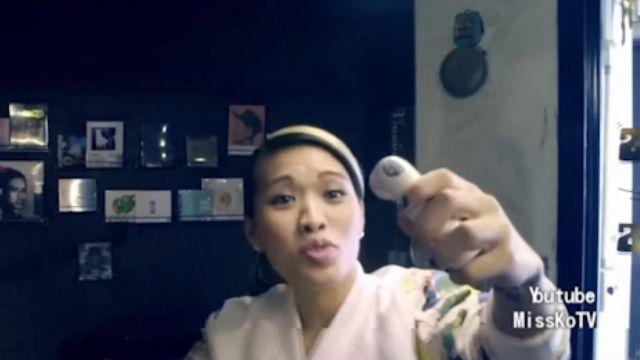 動口就能拍照!台灣首創人臉偵測自拍機器人