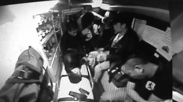 外勞尋仇血濺街頭 4傷者搶躲進救護車