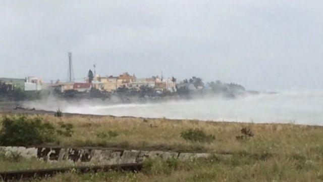 奇景!「海水溫度比地面高」 現水霧如溫泉冒煙
