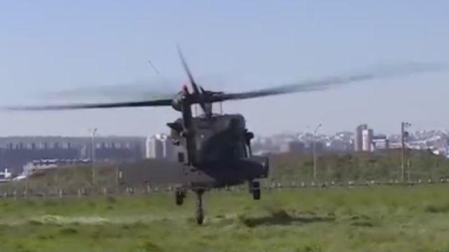 燈號異常!陸軍602旅黑鷹直升機 迫降台中市區