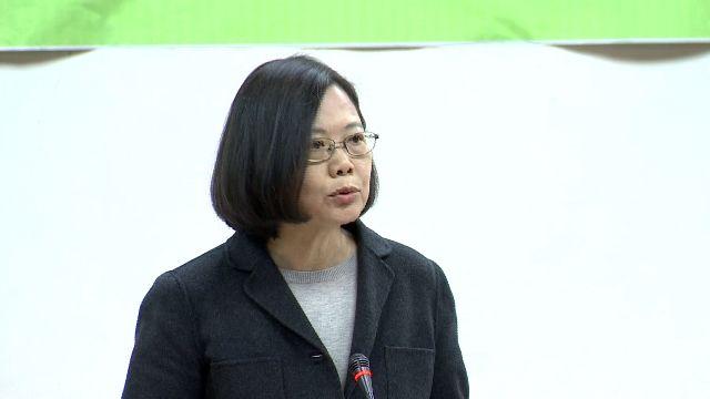 蔡坐鎮綠黨團會議 與柯蘇陳互動受矚目