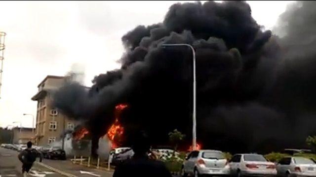 六輕廠內宿舍機車棚大火 連燒91機車