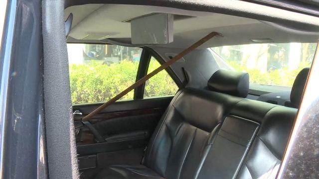 怒!菸蒂丟窗外燒板金 嚇!天外飛來鋼條插名車